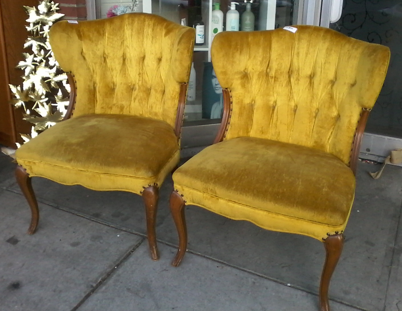 Accent Chairs Under 150 Parson Dining Room Uhuru Furniture And Collectibles Sold 12099 Vintage Golden