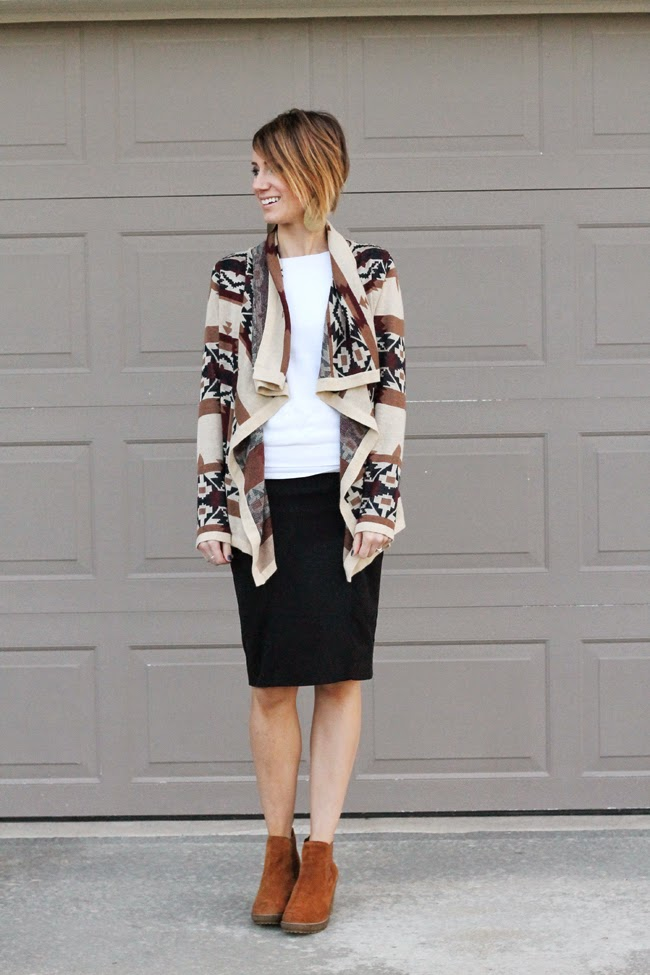 Suede ankle boots, black pencil skirt and loose cardigan