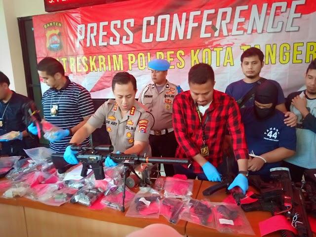 Oknum Karyawan BUMN Perakit Senpi Ilegal Diamankan Polres Kota Tangerang