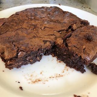 Brownie aux noisettes caramélisées façon Cyril Lignac