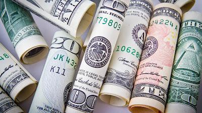 ¿De dónde viene la palabra «dólar»?