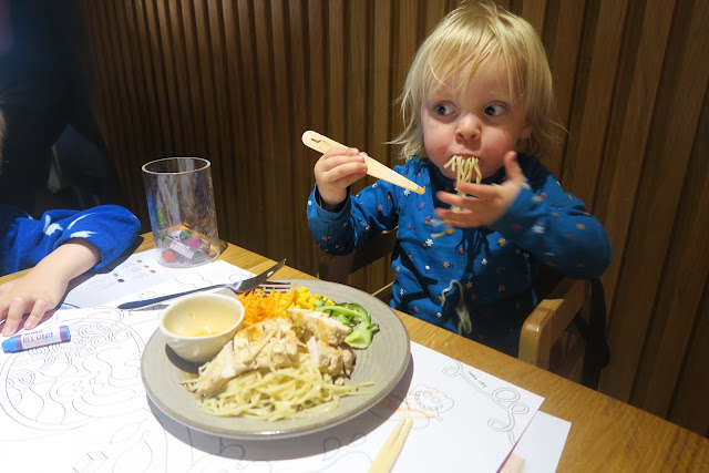 Kids mini pad thai Wagamama