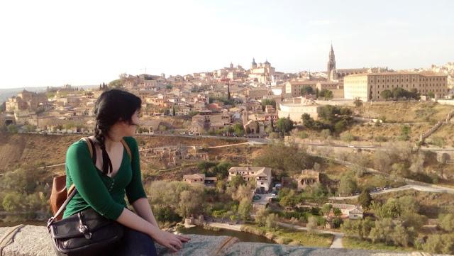 Servidora disfrutando de las maravillosas vistas de la ciudad