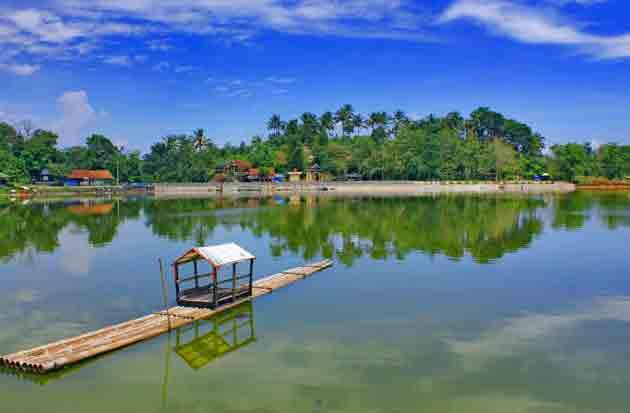 Danau Situ Gede, Tempat Wisata Alam di Bogor Yang Menarik