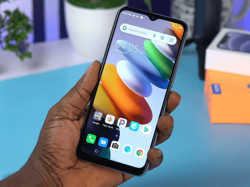 Display with notch