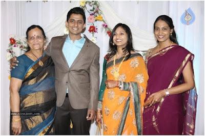 singer-Dinakar-wedding-reception-photos3