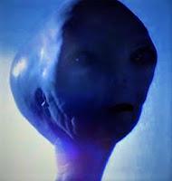 Imagen con la cara de un extraterrestre de la película: Encuentros en la tercera fase (1977)