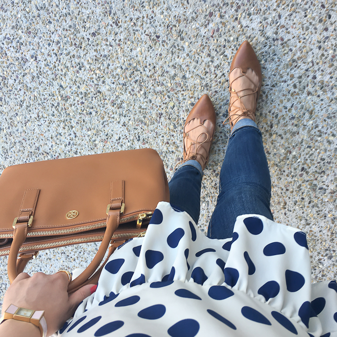 BP Katrina Pointy Toe Lace-Up Flat, Kate Spade bow watch, Modcloth Oh Peppy Days Top, Tory Burch Mini Robinson in luggage