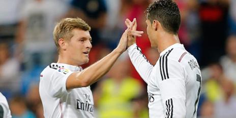 Toni Kroos Meniru Perayaan Gol Cristiano Ronaldo