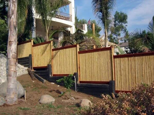 Model Pagar Rumah Minimalis dari Bambu