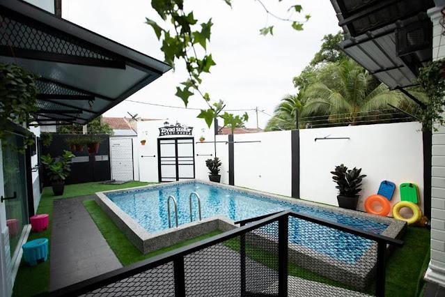 Swimming Pool di Ziyad Stellar Guest House Melaka