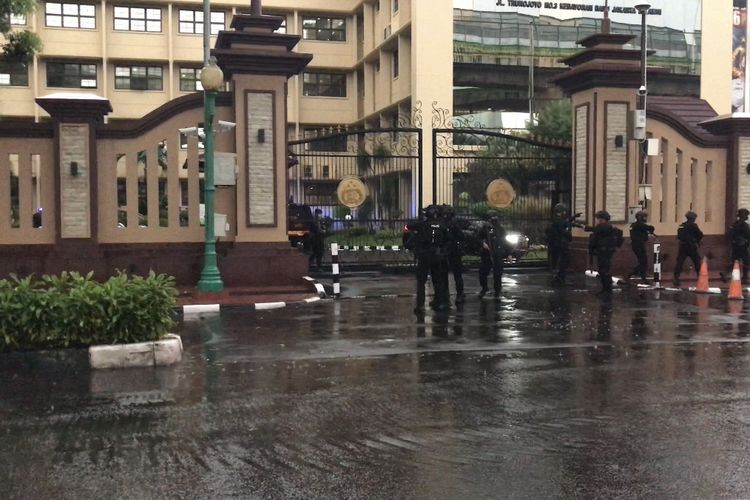 ISESS: Jaga Mabes Sendiri Saja Tak Bisa, Sebuah Tamparan Keras Institusi Kepolisian