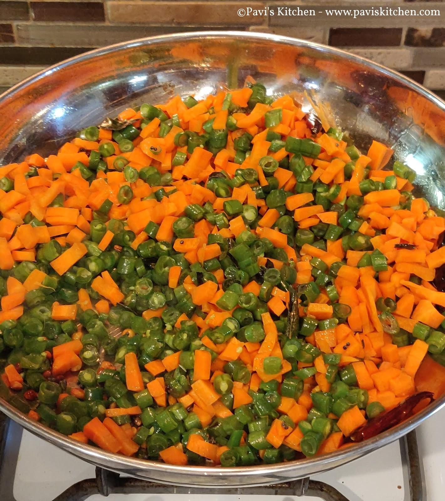 Carrot Green Beans Poriyal Recipe | Carrot Beans Thoran