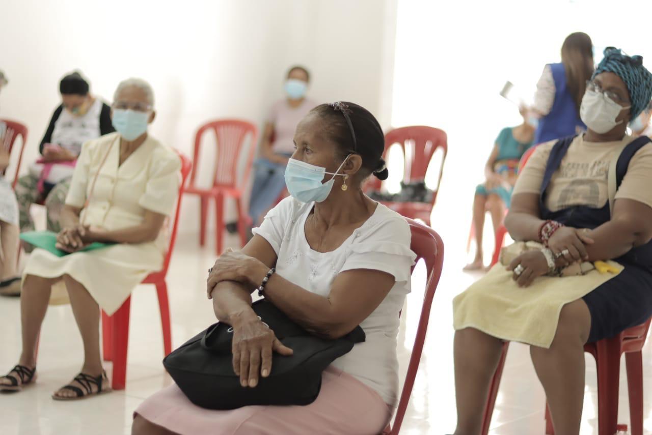 hoyennoticia.com,  Entregan en Riohacha más de $324.441.760 millones a víctimas del conflicto