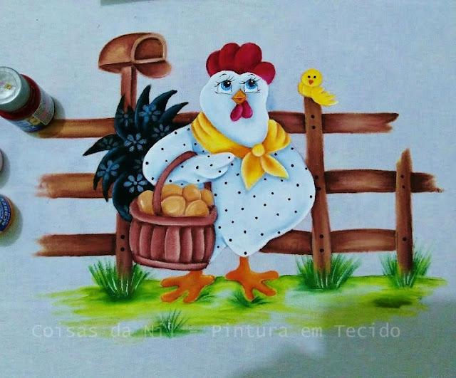 pintura em tecido galinha com cesto de ovos