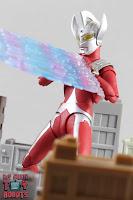 S.H. Figuarts Ultraman Taro 32
