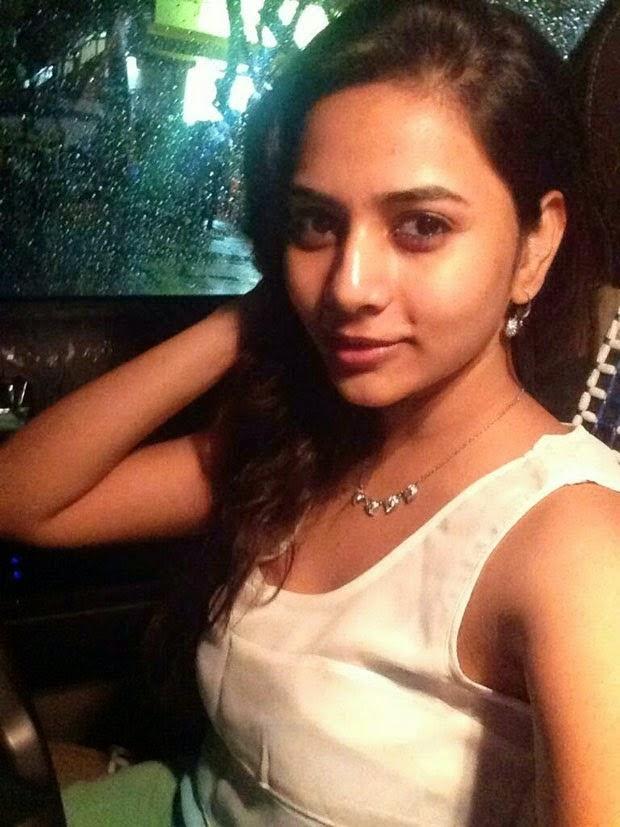 Indian Girls Selfie Photos