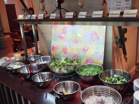 ビュッフェコーナー:サラダ1 ホテルエミシア札幌カフェ・ドム