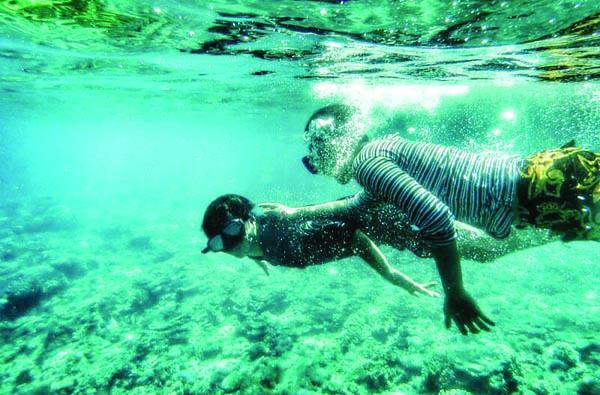 keindahan bawah laut Nusa Peninda