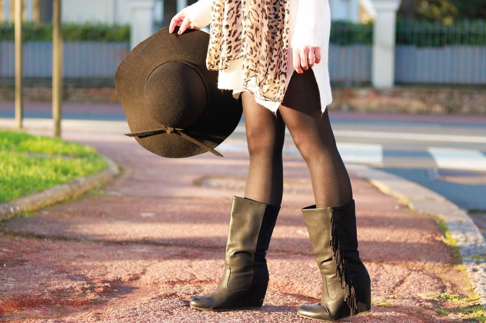 les gommettes de melo look ootd tenue comment porter la robe pull bottes à franges bouquet de fleurs printemps mi saison
