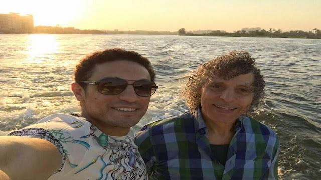 الفنان محمد علي يقف ضد الرئيس السيسي وموقف والده