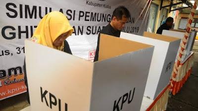 Tidak Ada Sengketa di MK, KPU Sumbar Tetapkan Delapan Kepala Daerah Terpilih