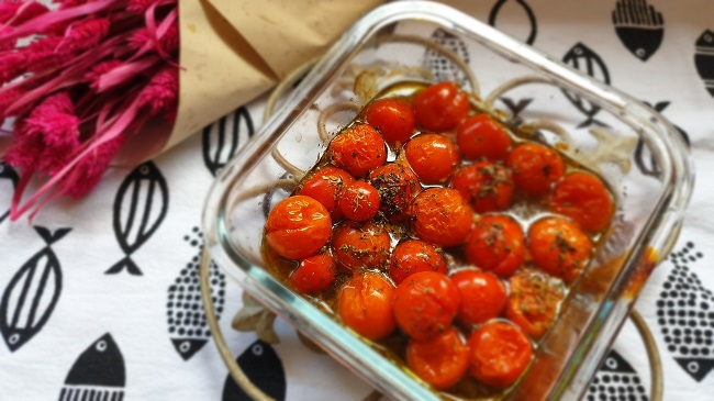 Tomates cherry con orégano o albahaca
