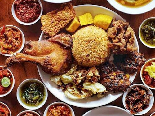 Kuliner Sambal Khas Karmila Bandung