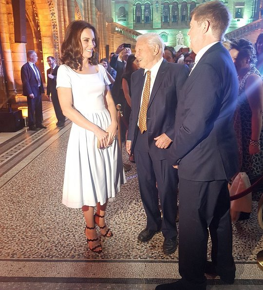 Kate Middleton wore Preen by Thornton Bregazzi Everly stretch-crepe dress, Prada Scalloped suede sandals, Cassandra Goad Temple of Heaven earrings