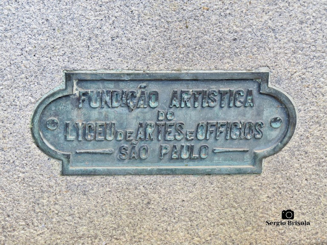 Monumento a Ramos de Azevedo (placa da fundição)