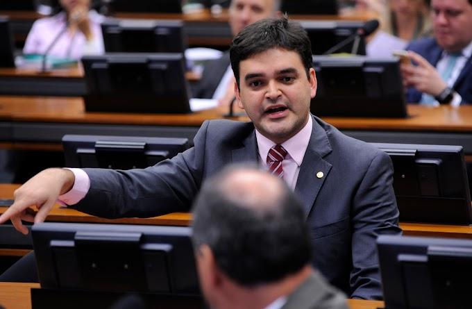 Rubens Jr. apresenta parecer contrário a projeto que engessa mudanças na lei por 5 anos