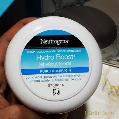 neutrogena-hydro-boost-jel-vucut-kremi-blog
