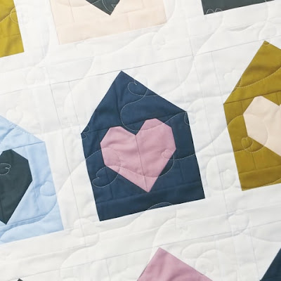 Free motion heart quilting