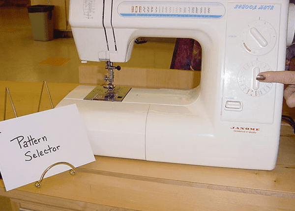 Pattern Selector sewing machine