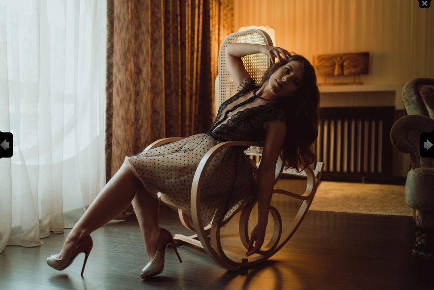 https://pvt.sexy/models/9kuy-ariellefay/?click_hash=85d139ede911451.25793884&type=member