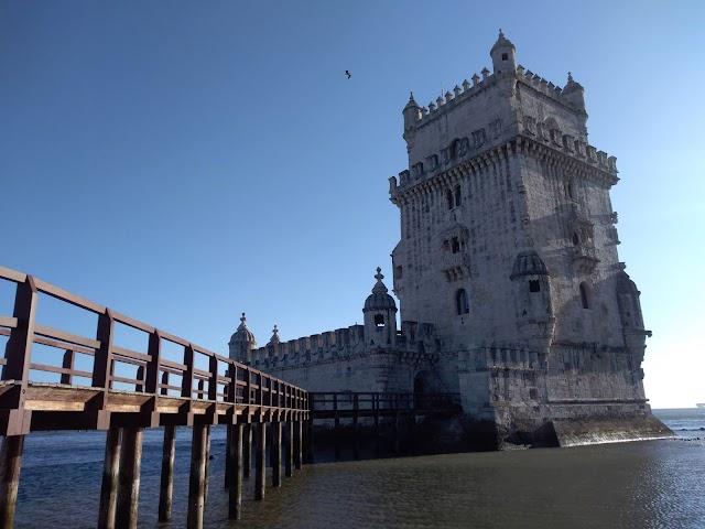 Menos mal que nos queda Portugal... o ni eso