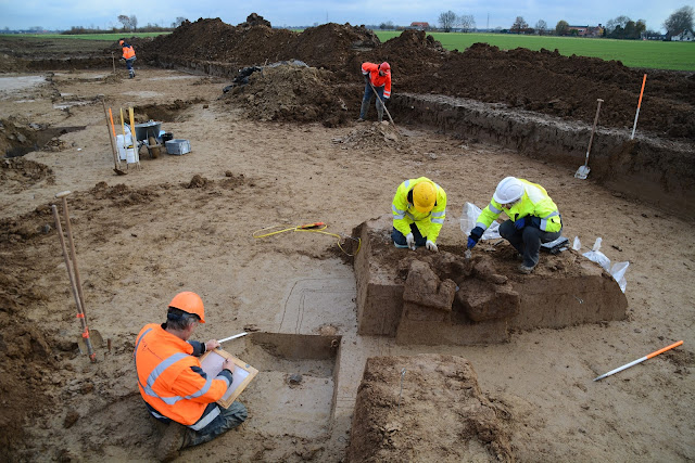 Large Roman cemetery discovered at Netherlands highway site