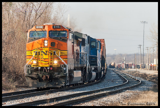 BNSF 5115 is leading a stack train from NS' Luther Yard in St. Louis.