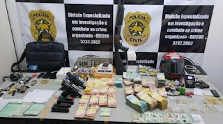 Deicor prende grupo criminoso e apreende dinheiro, jóias, veículos, armas e drogas em operação na Grande Natal