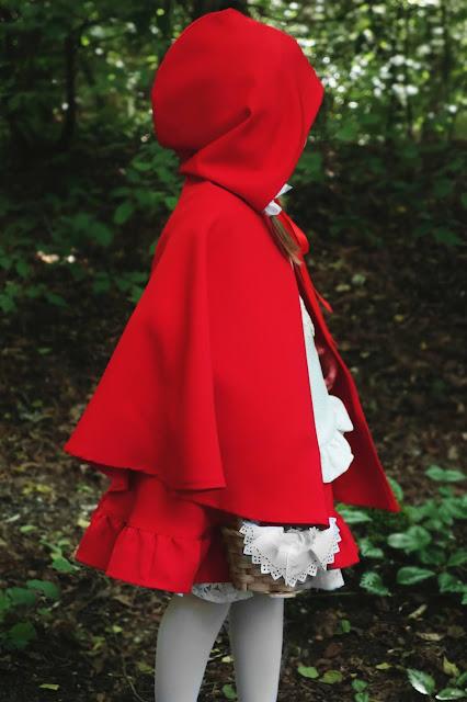 jak uszyłam kostium czerwonego kapturka