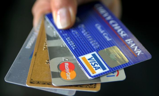 Change-your-debit-card-immediately-if-itis-old