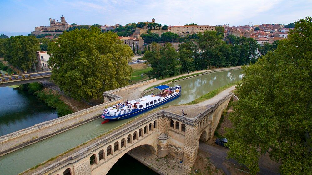 Vaccine Roll-Out Spurs Interest in Barging, Says European Waterways