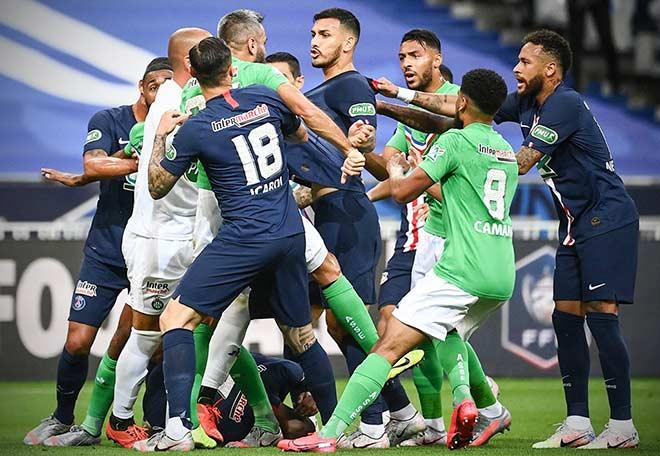 Video PSG 1-0 St. Etienne: Ẩu đả dữ dội vì Mbappe, bước ngoặt phút 14 3