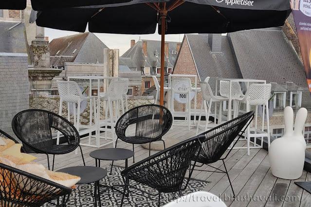 Terrace bar at Hotel Les Tanneurs, namur