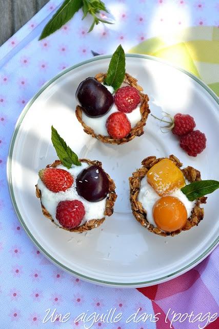 Granola cup, yaourt et fruits