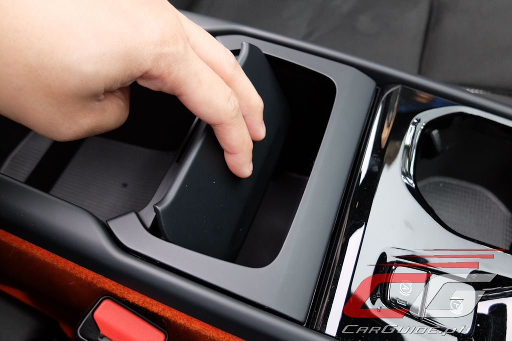 Volvo glove box hook