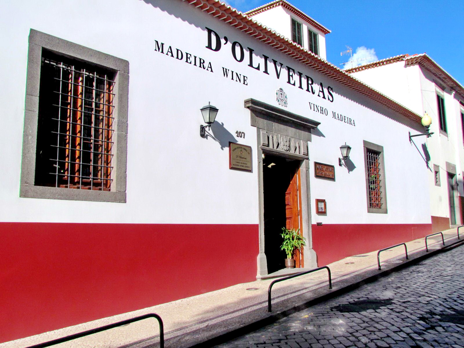 Madeira wine producer and seller