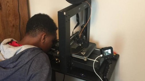 13-year-old Va. boy uses parents' 3D printer to make masks the Boy is now donating