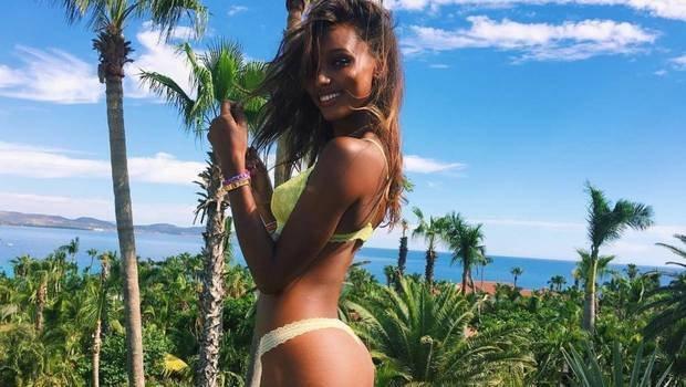 عارضة أزياء فيكتوريا سيكريت (Victoria's Secret) وراء حبي لعلامات تمدد الجلد