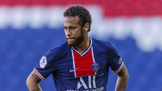 Neymar waiting for Barcelona reaction Before signing new PSG contract.